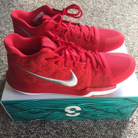 Nike Kyrie Irving 3 Red Suede Shoes Men's 10.5 NWB